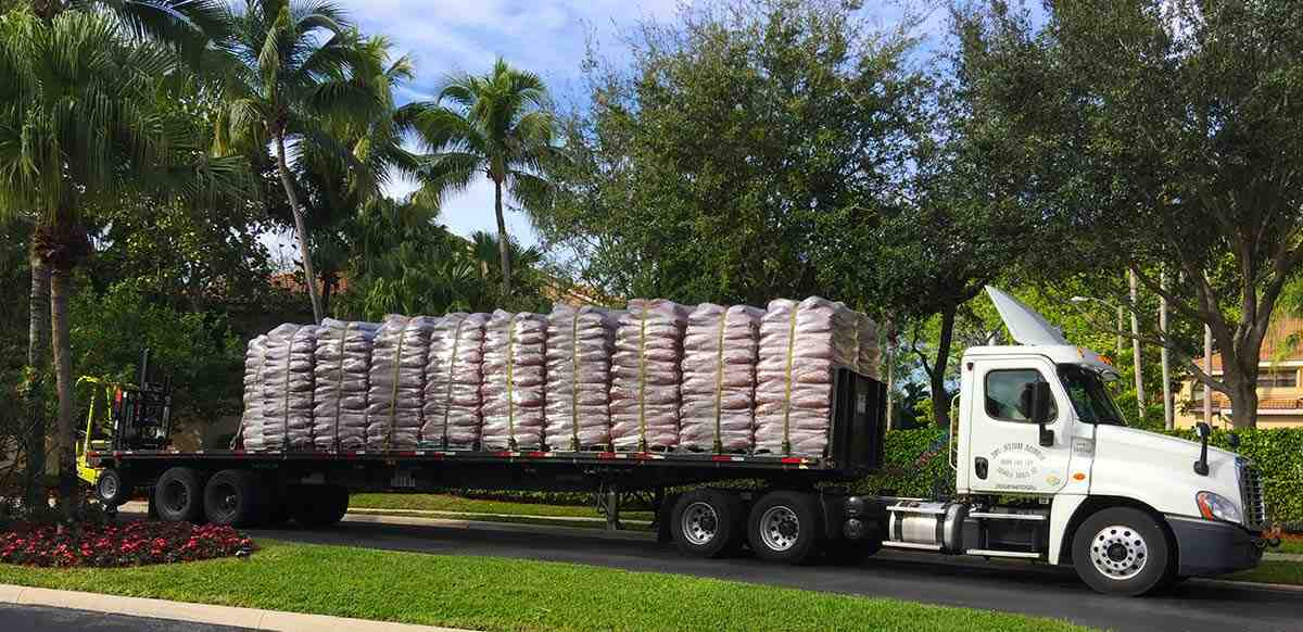 How many bags in a pallet of mulch