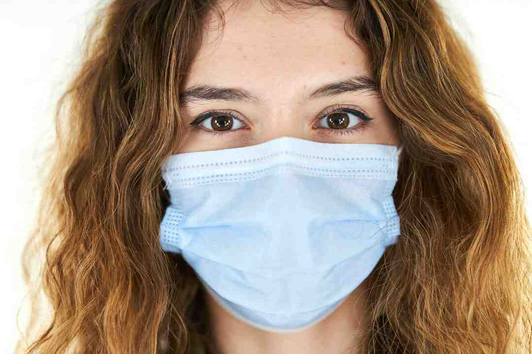 What does infectious disease doctors do